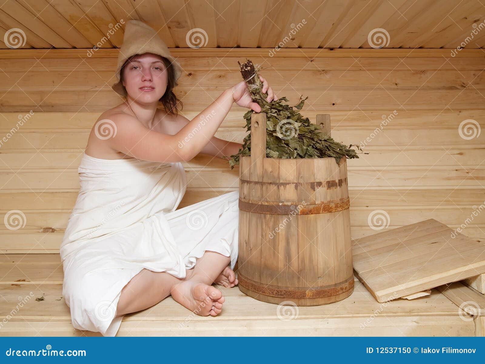 Русская женщина в бане фото, Жена в бане. Фото русских голых жен в сауне сделанное 24 фотография