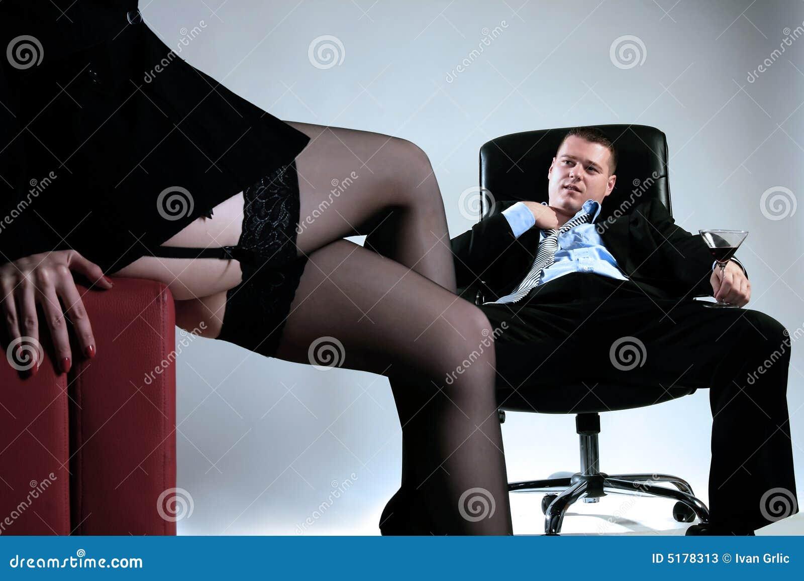 Секретарши и начальник 31 фотография