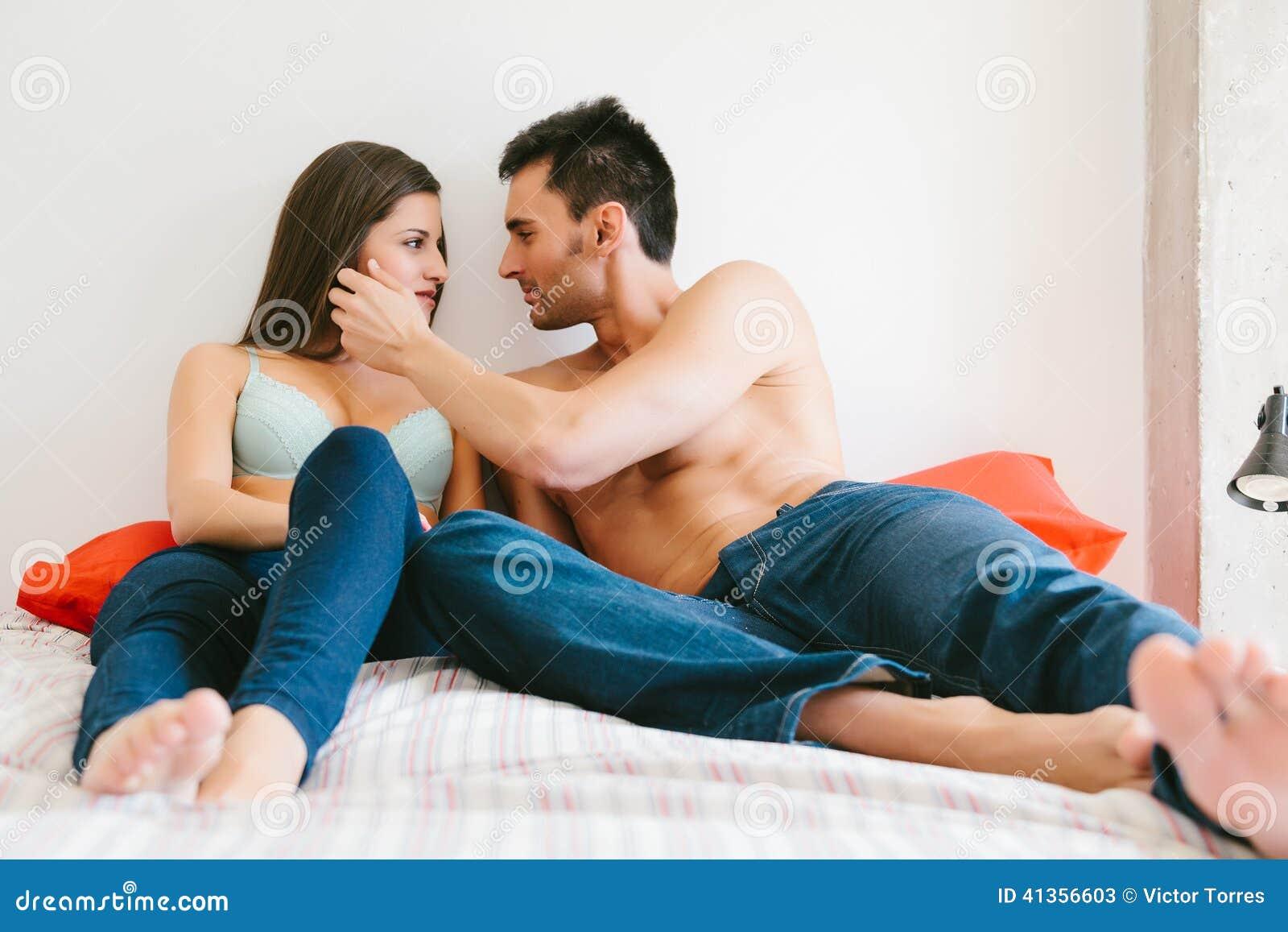 Услуга семейным парам в петербурге, Проститутки для семейной пары, индивидуалки Питера 21 фотография