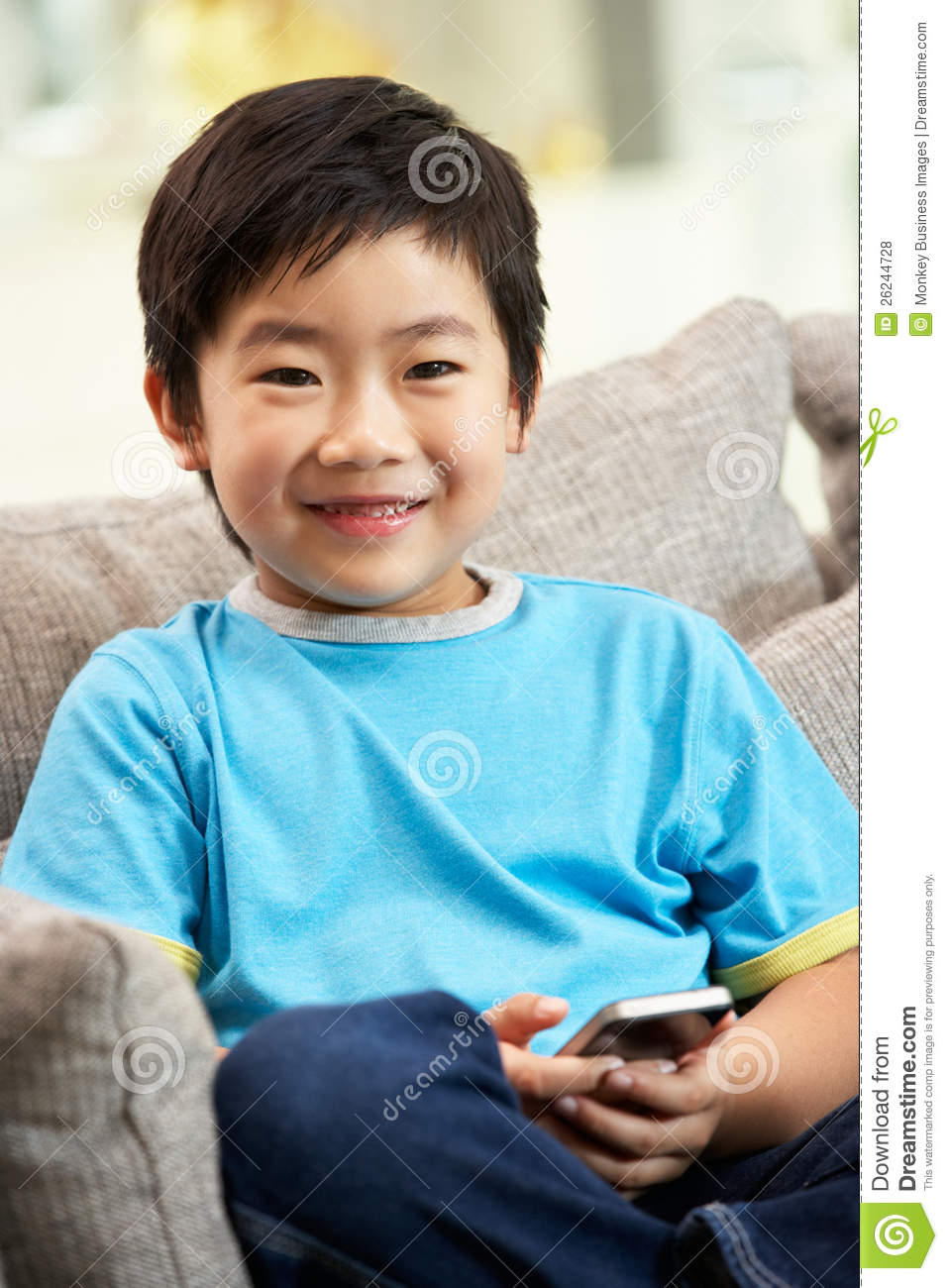 Young Chinese Boy Using Mobile Phone Royalty Free Stock Photos - Image ...