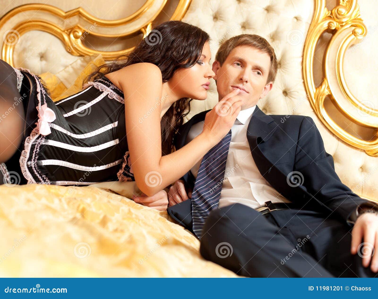 Соблазнила женатого парня 13 фотография