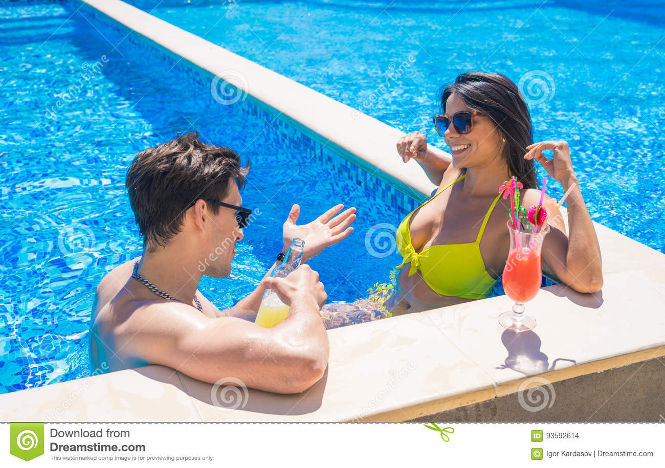 Do you use a swimming pool Free Dating Singles and Personals
