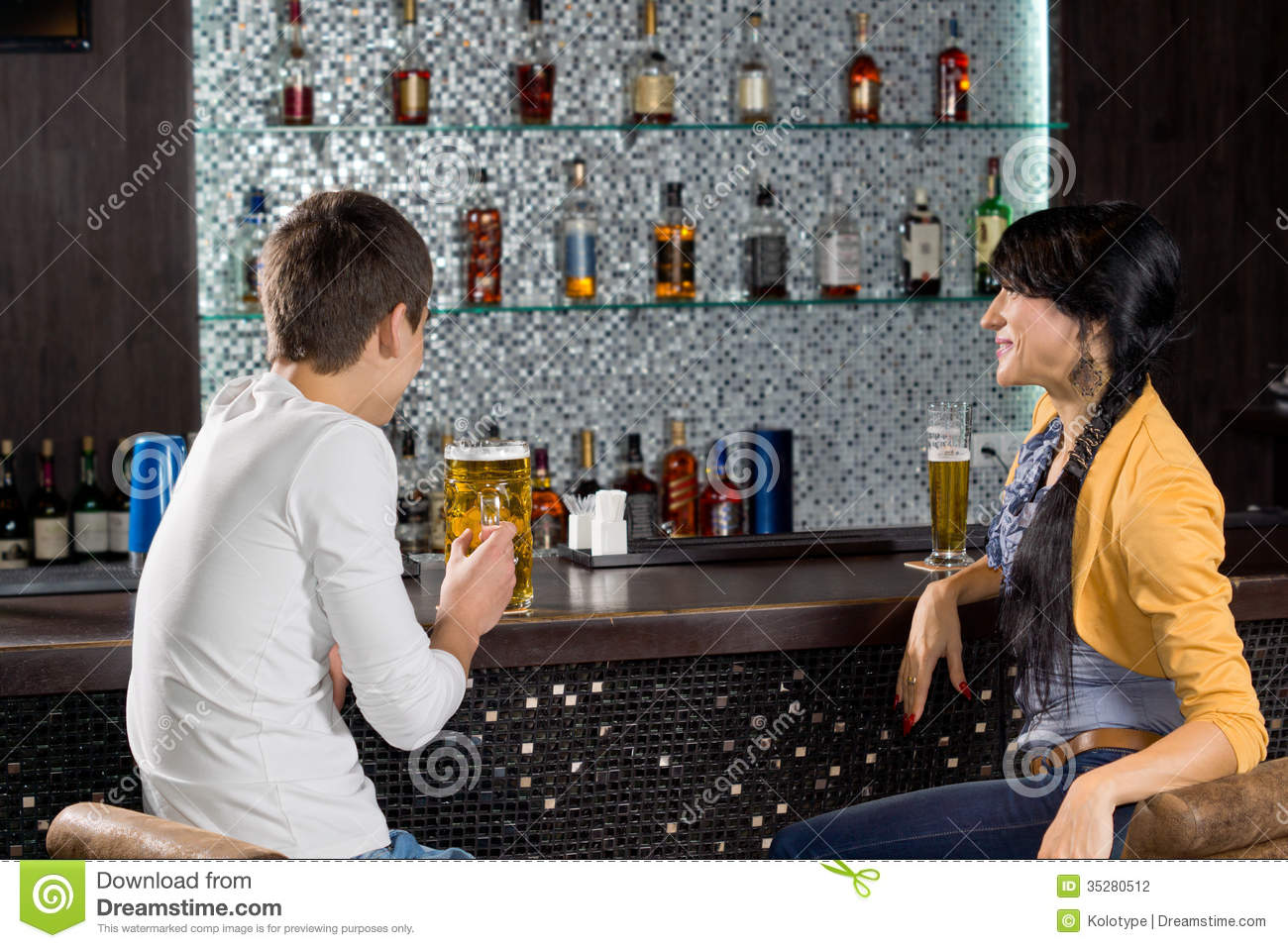 free online dating & chat in somes bar Hitwe is a fantastic choice if you're looking for a free online dating app that also acts as a social media app the platform sees almost 15 million daily active users and 12 million monthly active users, making it the fastest-growing online discovery network.