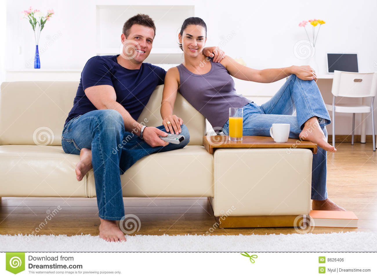 Young couple at home stock photo image of couple females 8626406 - Young couple modern homes ...