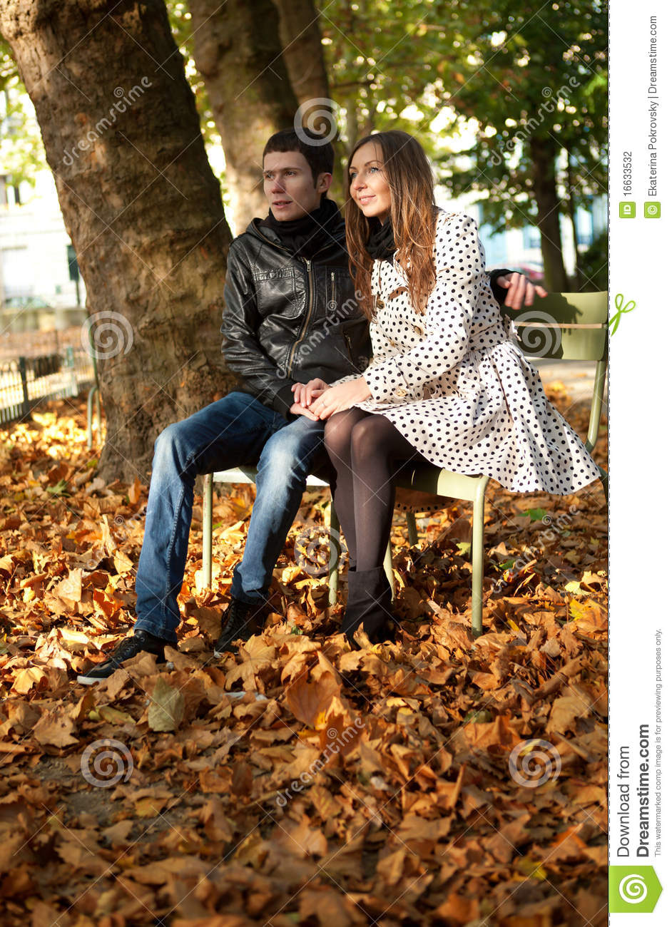 Young couple in the Luxembourg garden