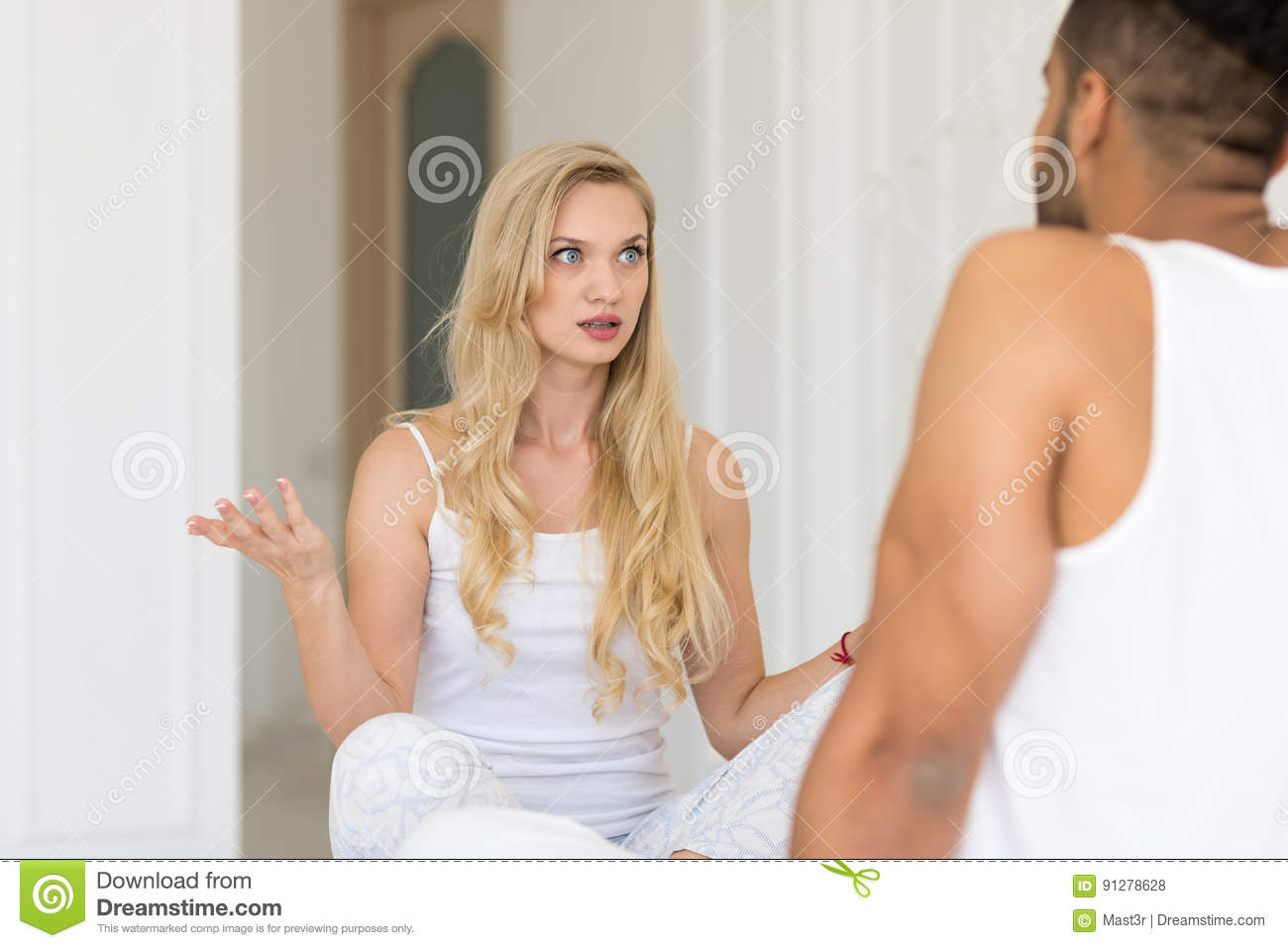 dating a lying man Yet, sometimes we're dating a liar and just simply  he or she is lying to you,  says jenny lee, coauthor of women are crazy, men are stupid.