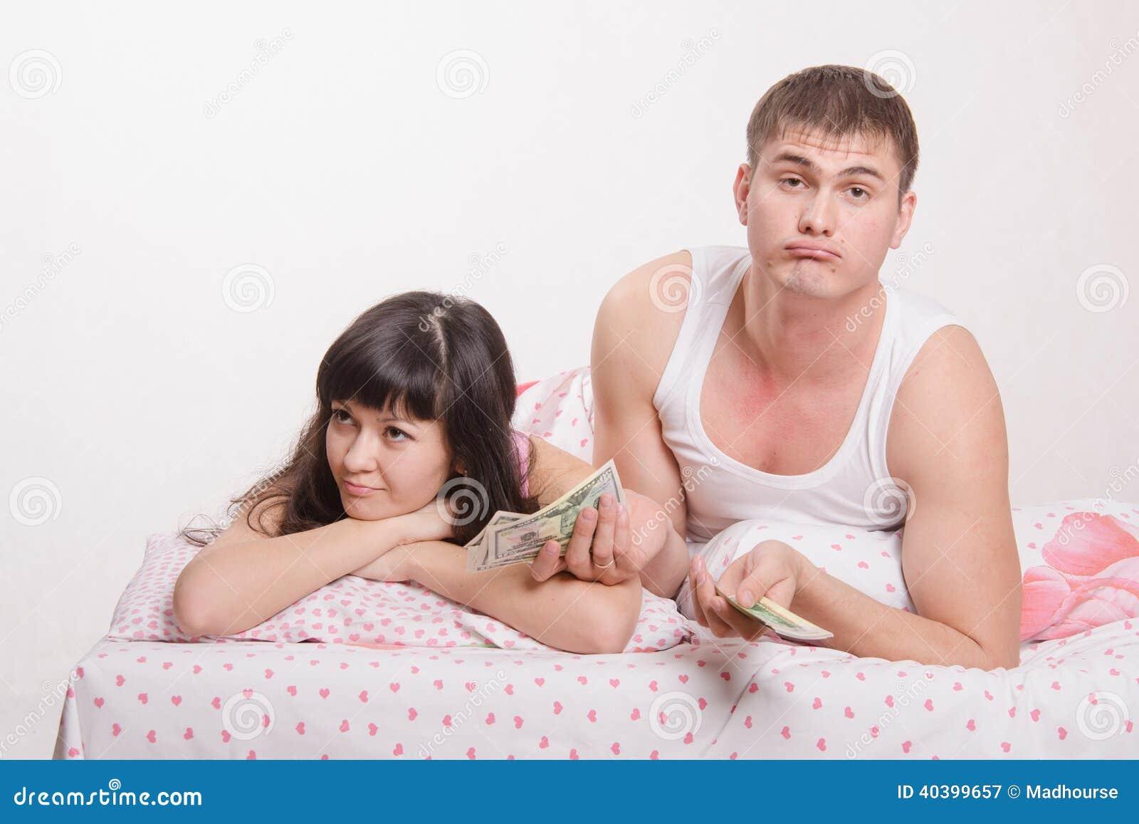 Удовлетворить попку жены, Жена предложила мужу анал ради новизны ощущений 28 фотография