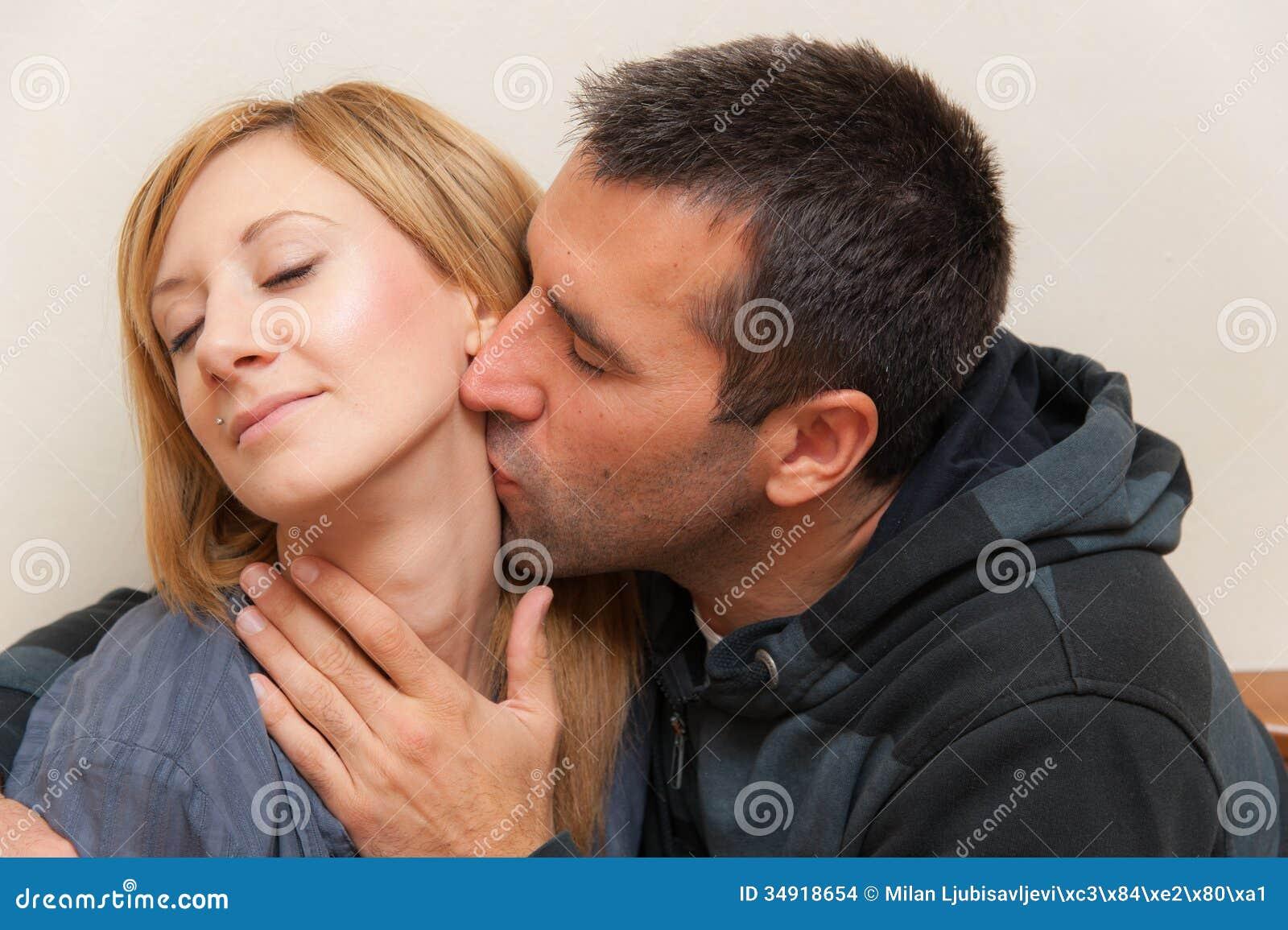муж глотал сперму моего любовника - 13