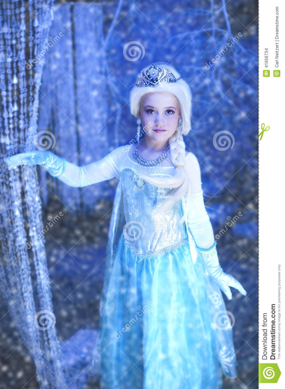 Young disney frozen princess stock photo image of - Princesse frozen ...