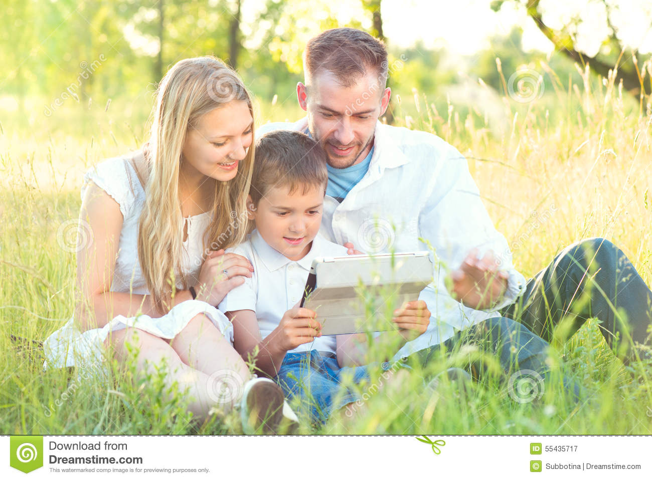 the happiness that young children bring in the family Helping others brings good feelings to the giver and the receiver of the good deeds using your special gifts to help others can be a gift to yourself as you enjoy a self esteem boost for making.