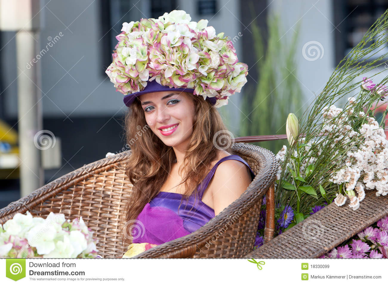 Young Flower Women At Madeira Editorial Stock Image