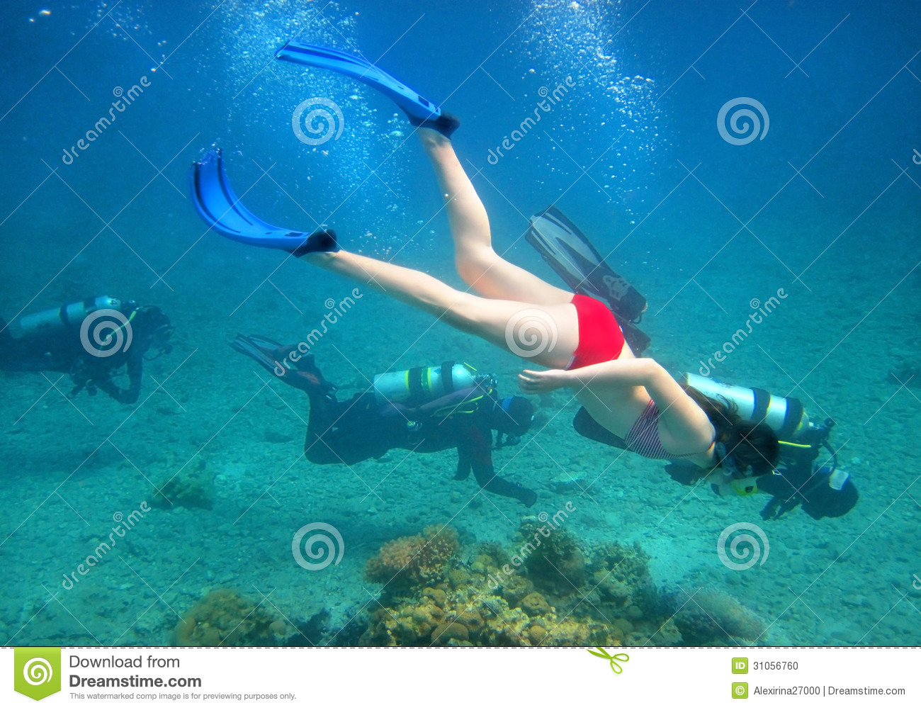 Young girl diver
