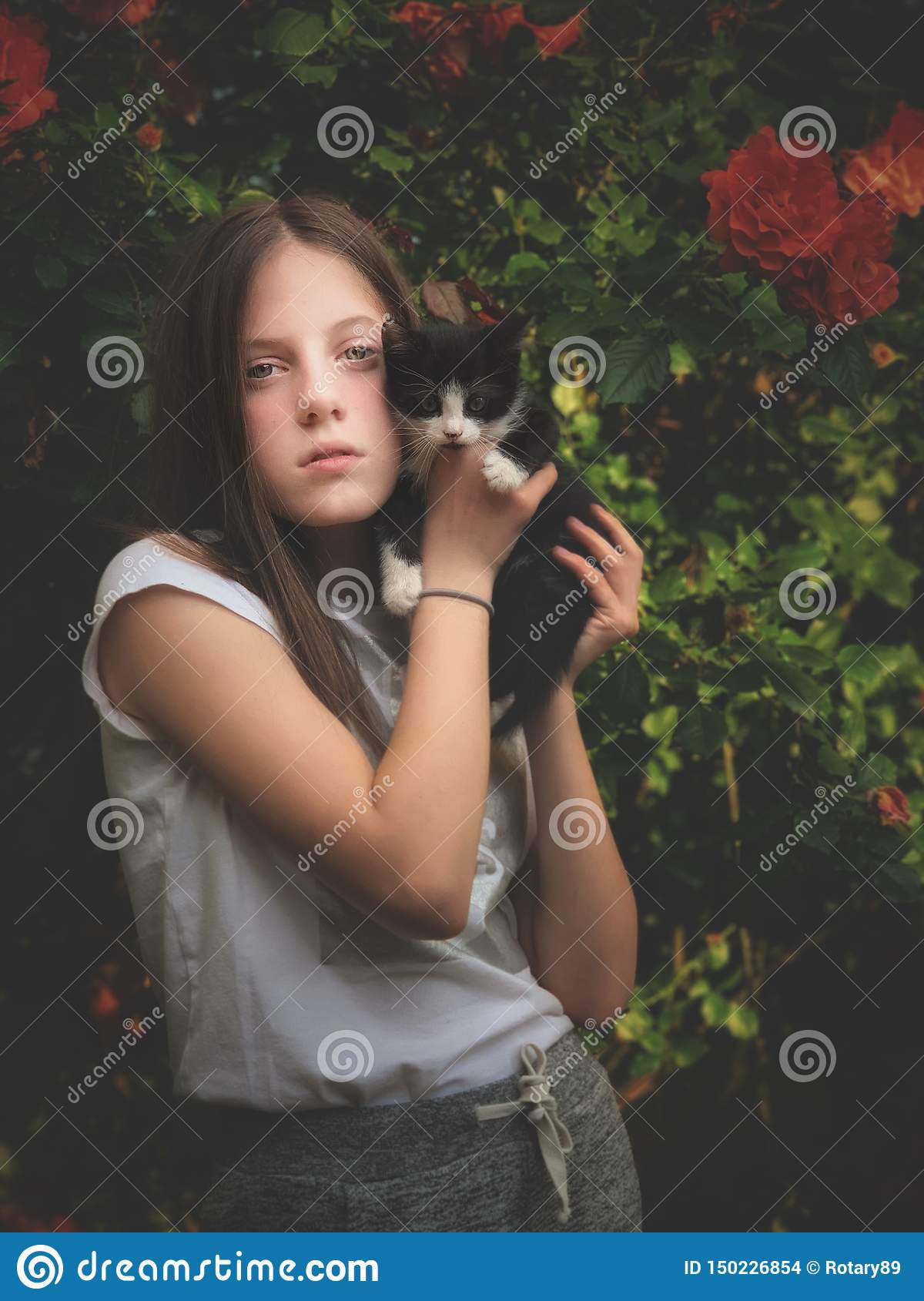 Young girl and her kitty
