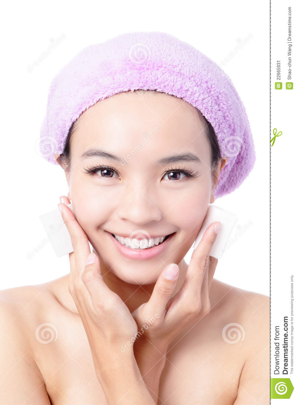 Young Girl Remove Makeup By Cleansing Cotton Stock Image
