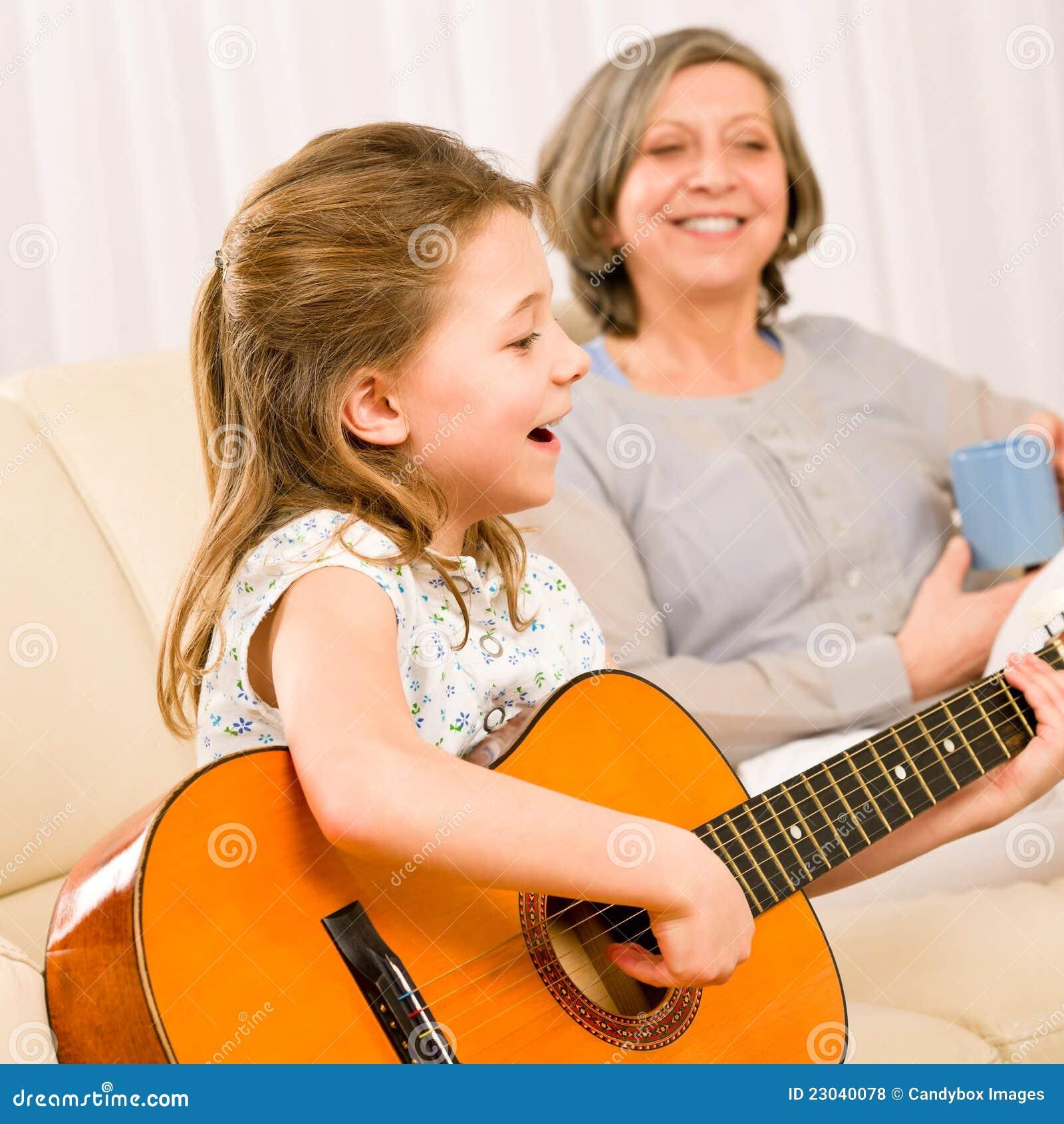 Співаєте з внуком 3 фотография