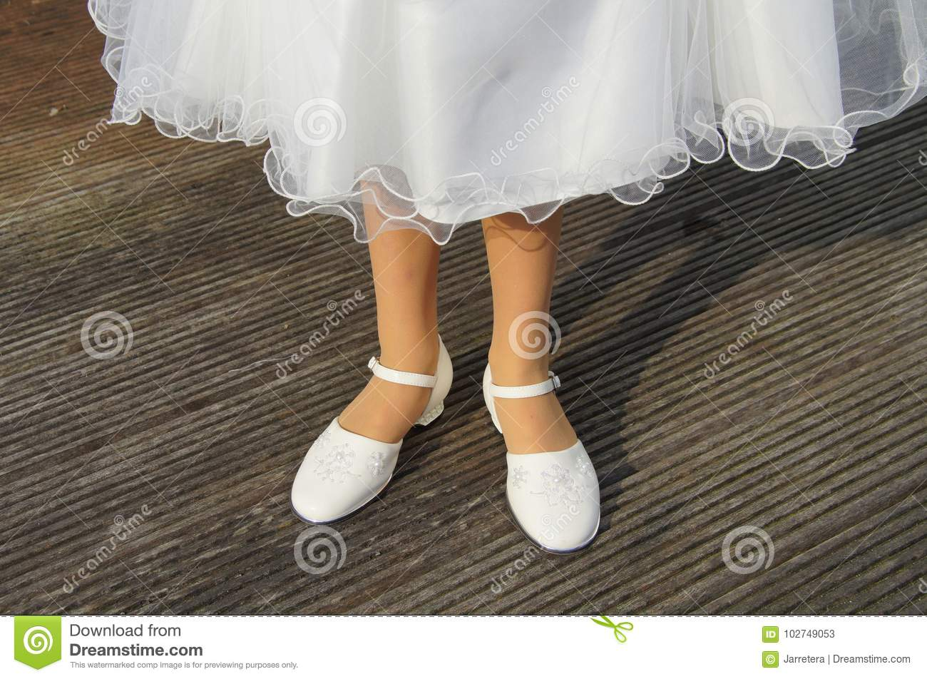 89a053fd970e Young Girl Standing In Classic Wedding Shoes Stock Image - Image of ...