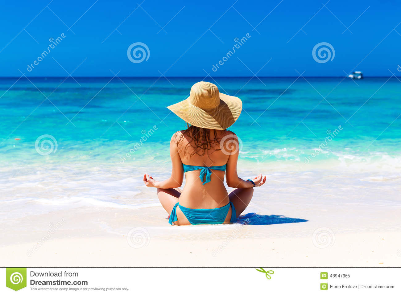 Young Girl In A Straw Hat On A Tropical Beach. Summer Vacation Stock ... c1fa3acffbb