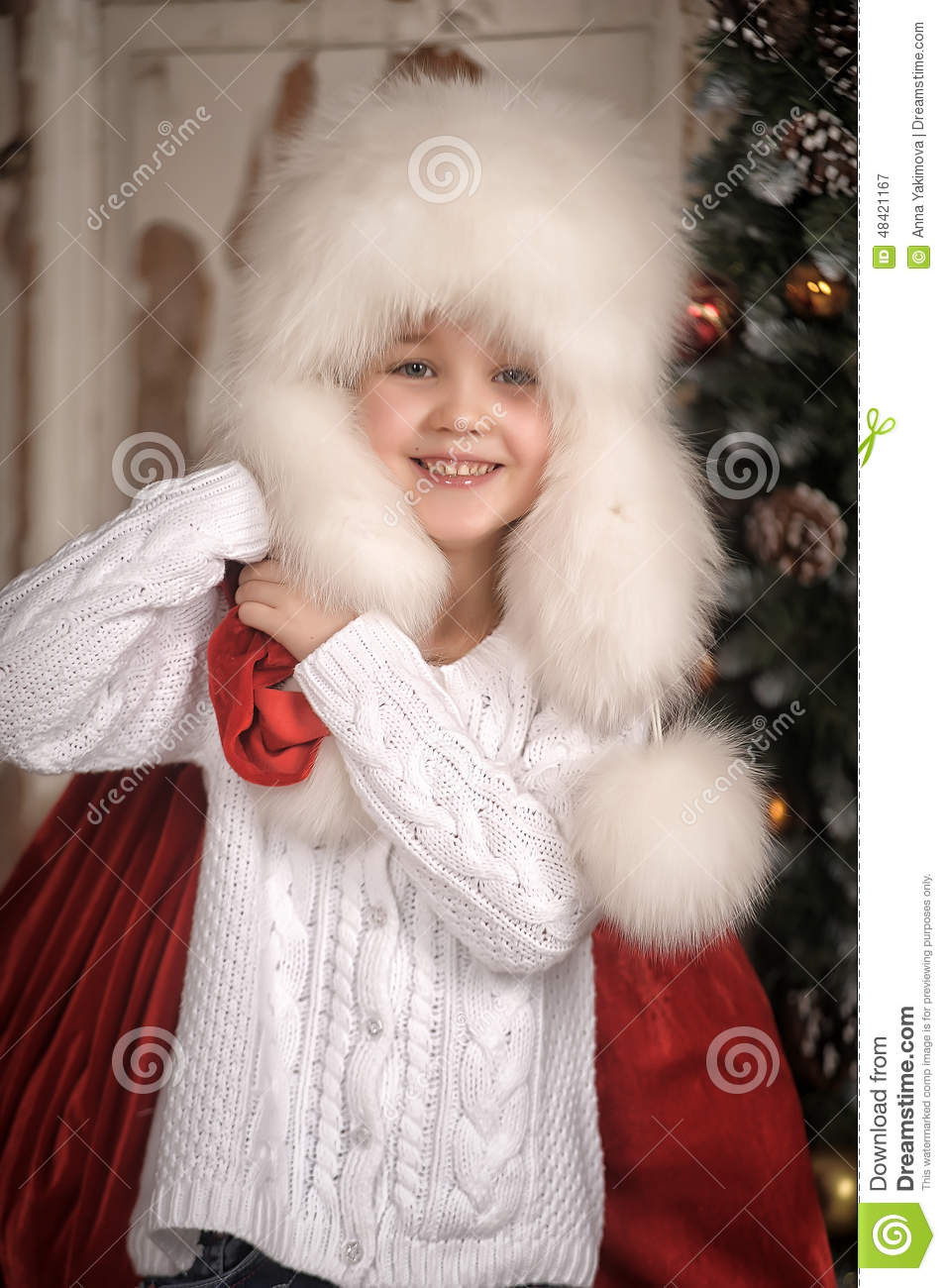 228e8edc2325 Young Girl With Wearing Fur Hat. Stock Image - Image of feminine ...