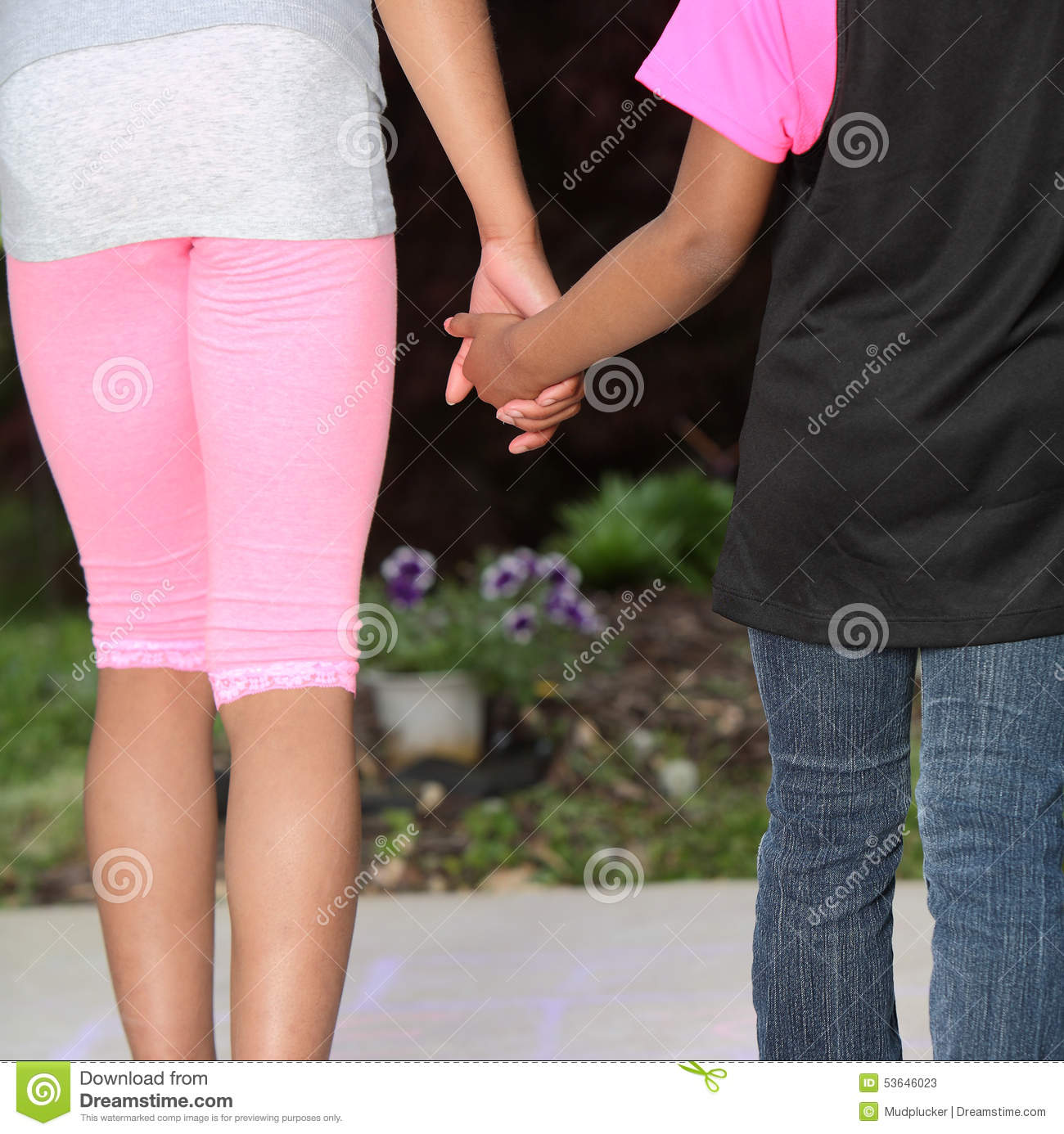 How To Hold A Girls Hand