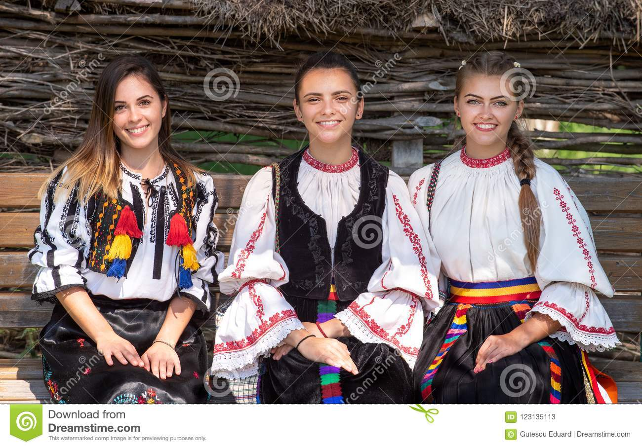Young girls with Romanian traditional costume