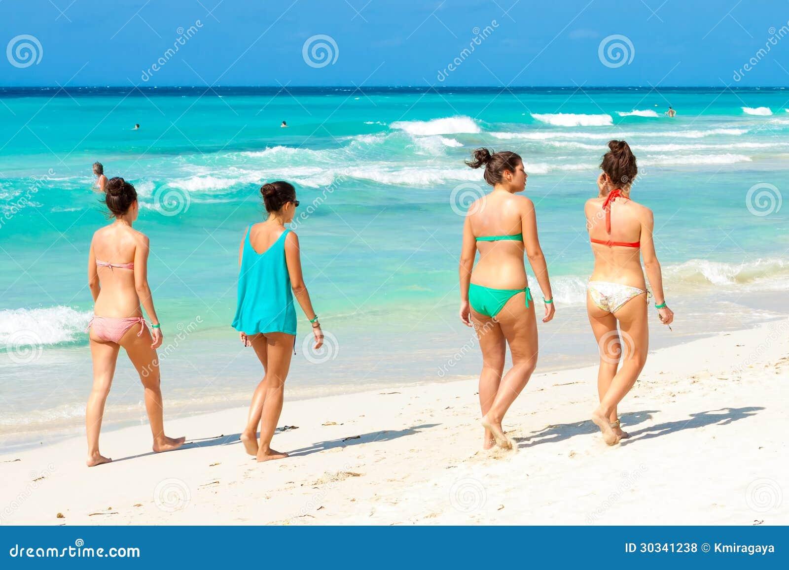 Кубинские женщины пляж фото