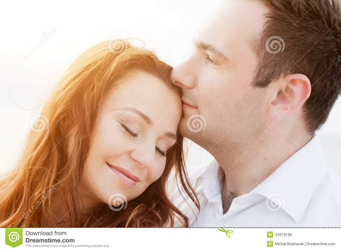 how to become romantic with wife