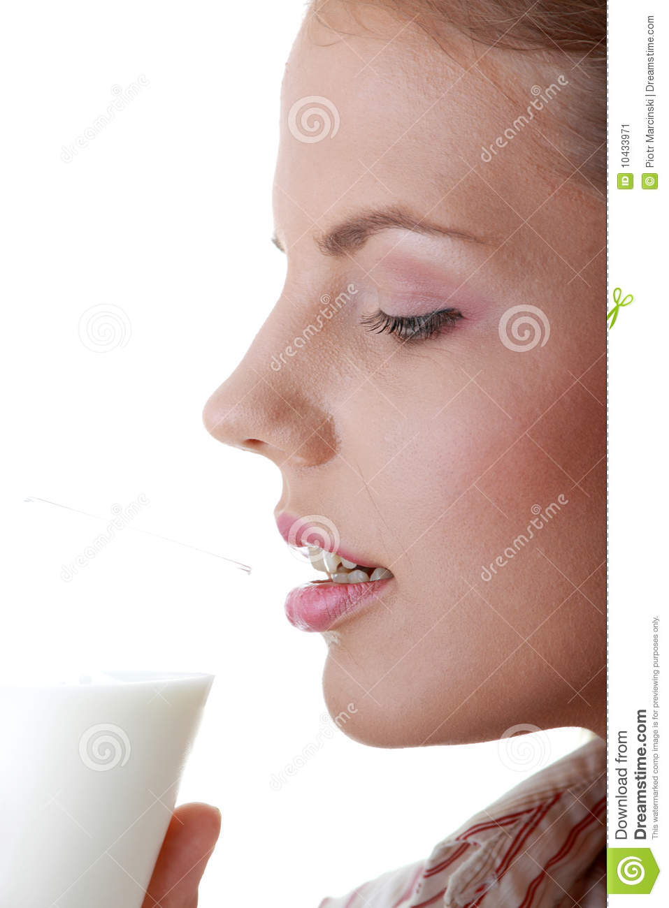 https://thumbs.dreamstime.com/z/young-happy-woman-drinking-milk-10433971.jpg