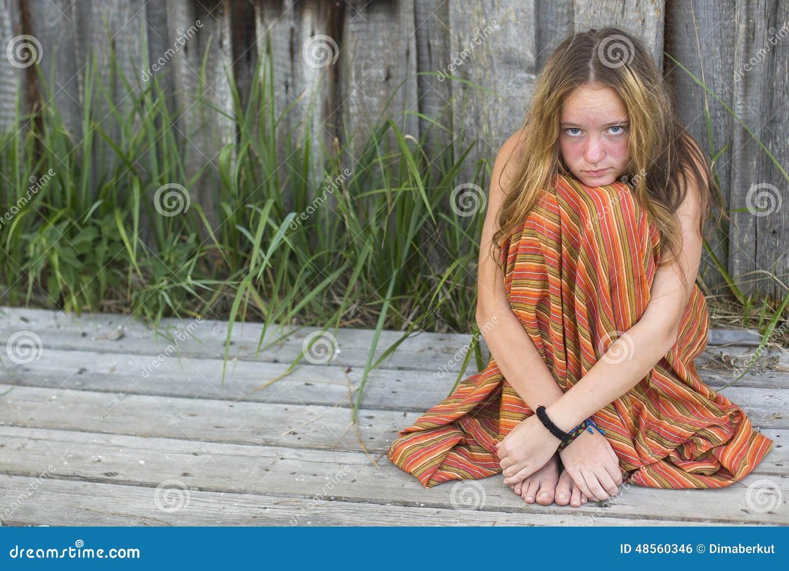 Фото девушек хиппи голых, Старые хиппи ебутся в переулке порно фото бесплатно 27 фотография