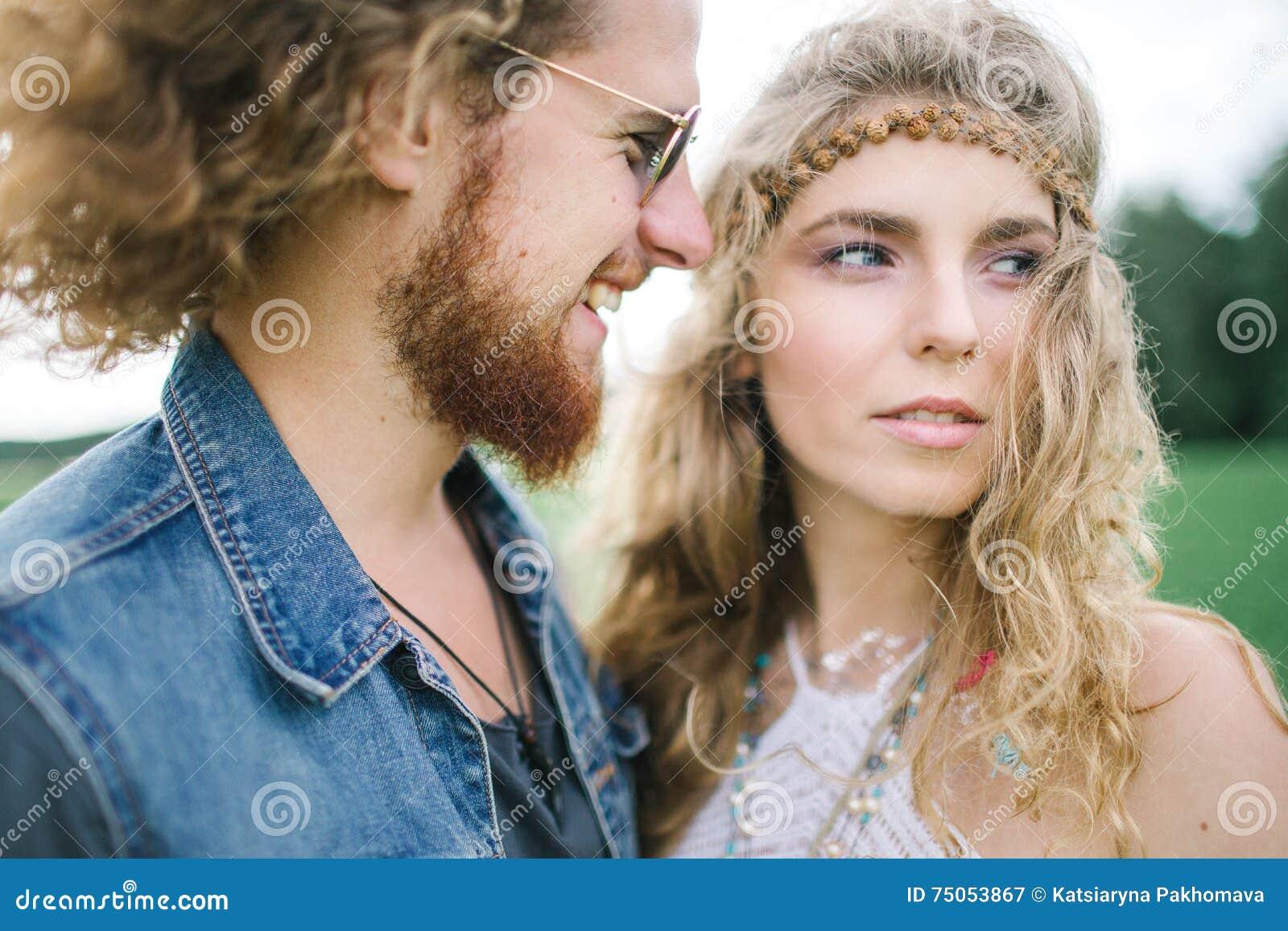 hippie dating