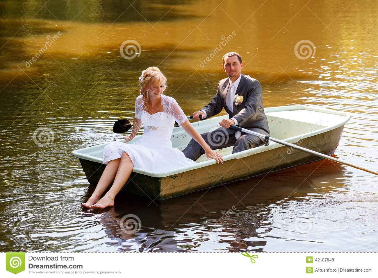 Young Just Married Bride And Groom On Boat Stock Photo - Image: 42187648