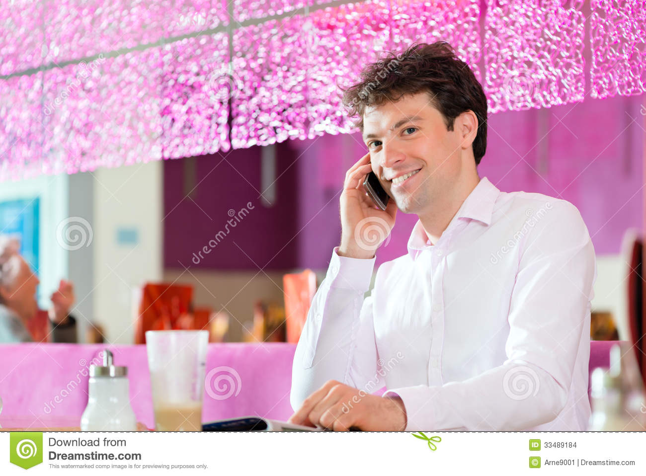 telephone single men Phone number email gender  i want to  metrovibe helps you meet local singles whatever your flavor, find it on metrovibe chat live with hot, urban singles find it all on the line.