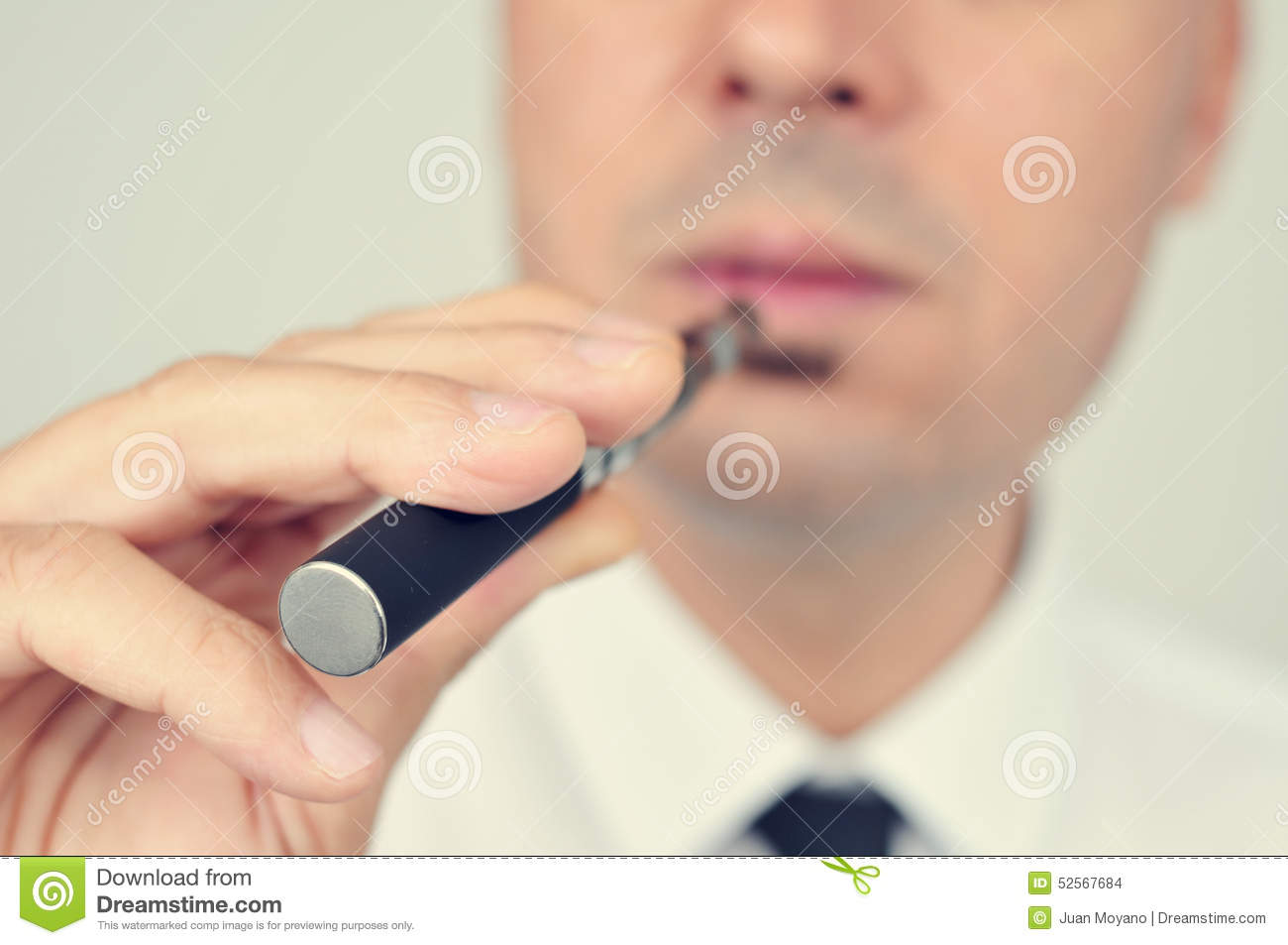 E cigarette eye irritation