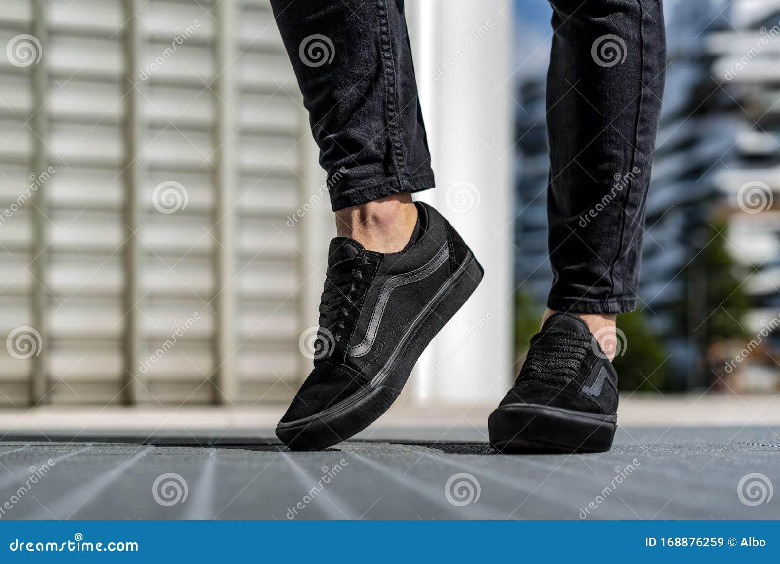 men wearing slip on vans