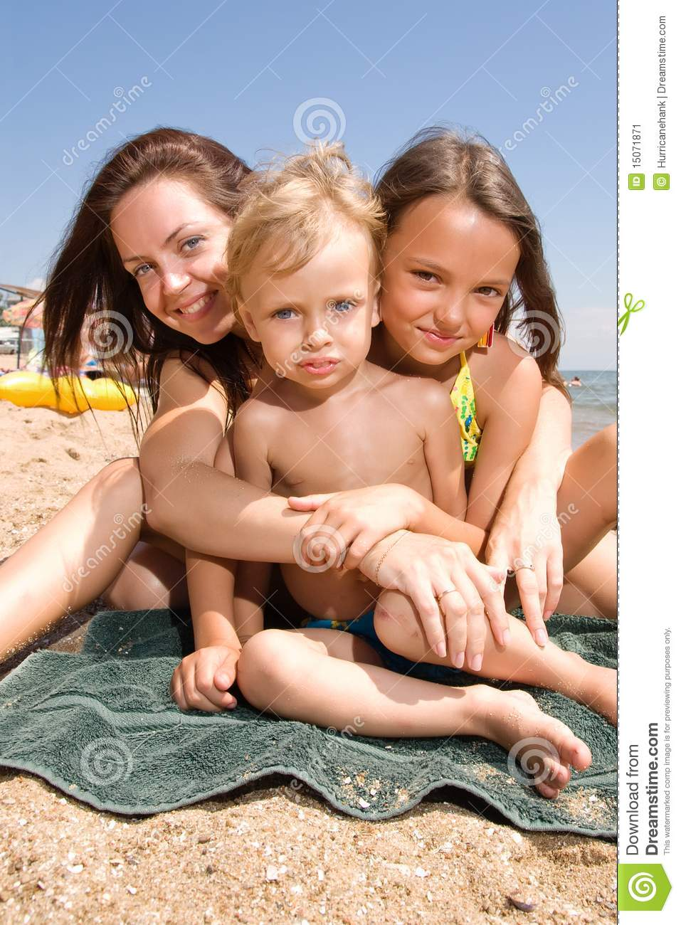 Nudist Video Nude Beaches and other outdoor family