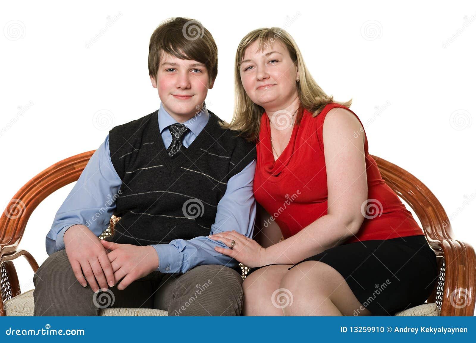 Сын и мать ви 9 фотография