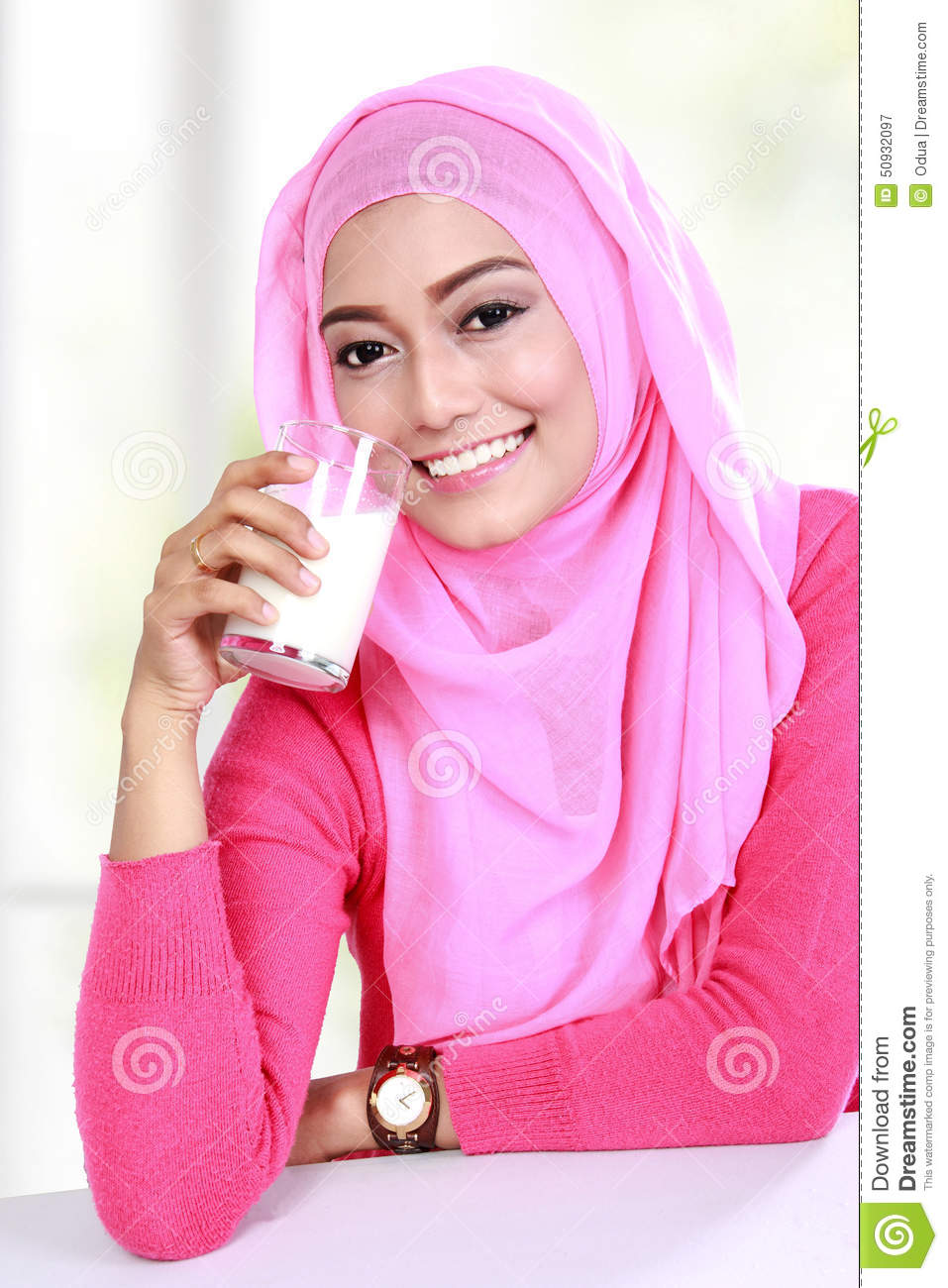 dairy muslim single women We are leading online dating site for beautiful women and men date, meet, chat, and create relationships with other people.