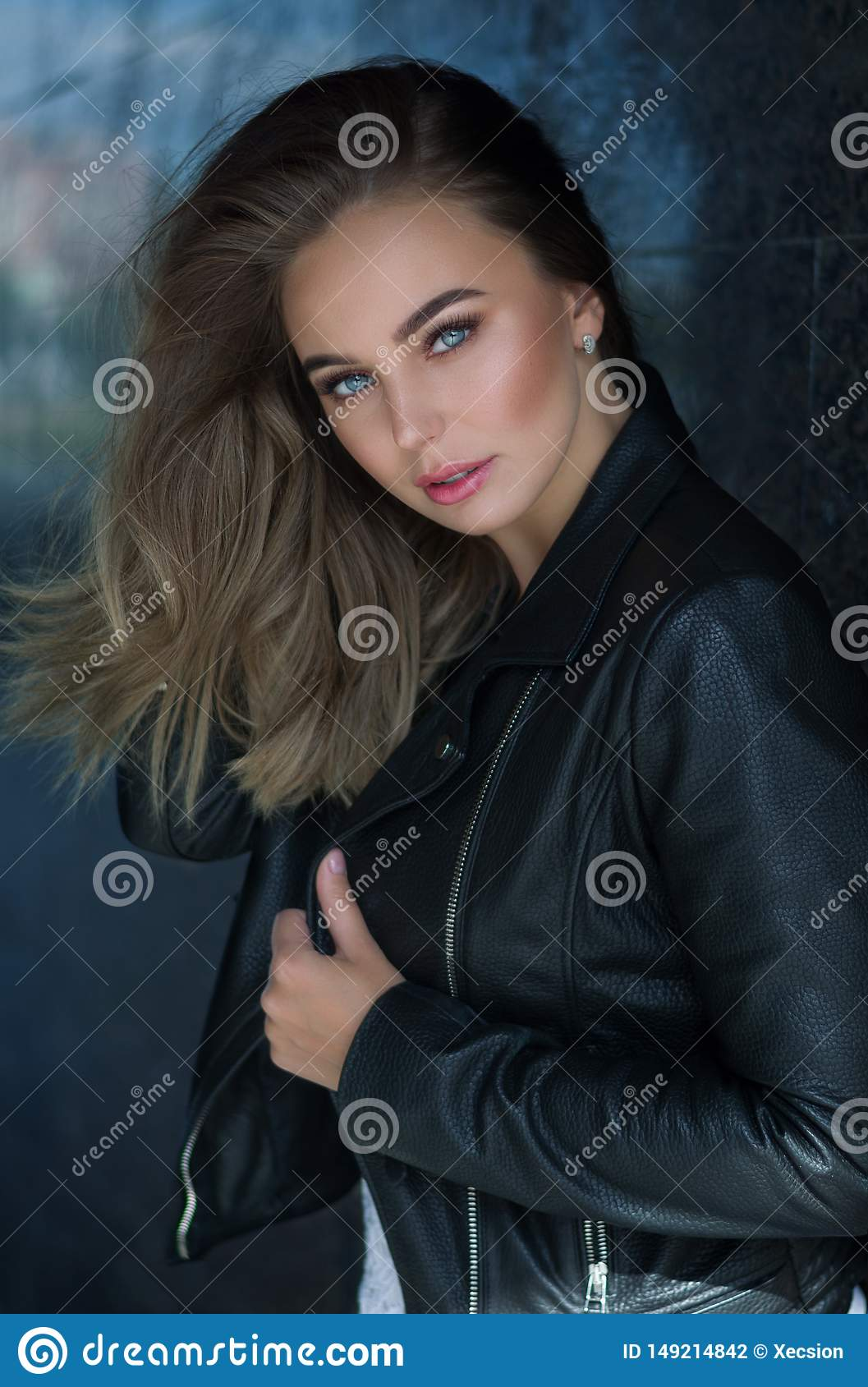 Young pretty woman in leather jacket, lifestyle hipster gir