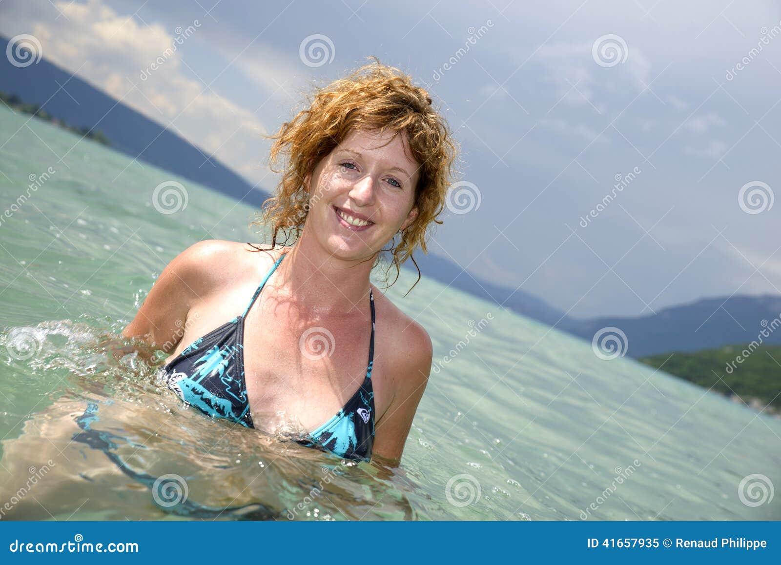 girl taking redhead bath Beautiful
