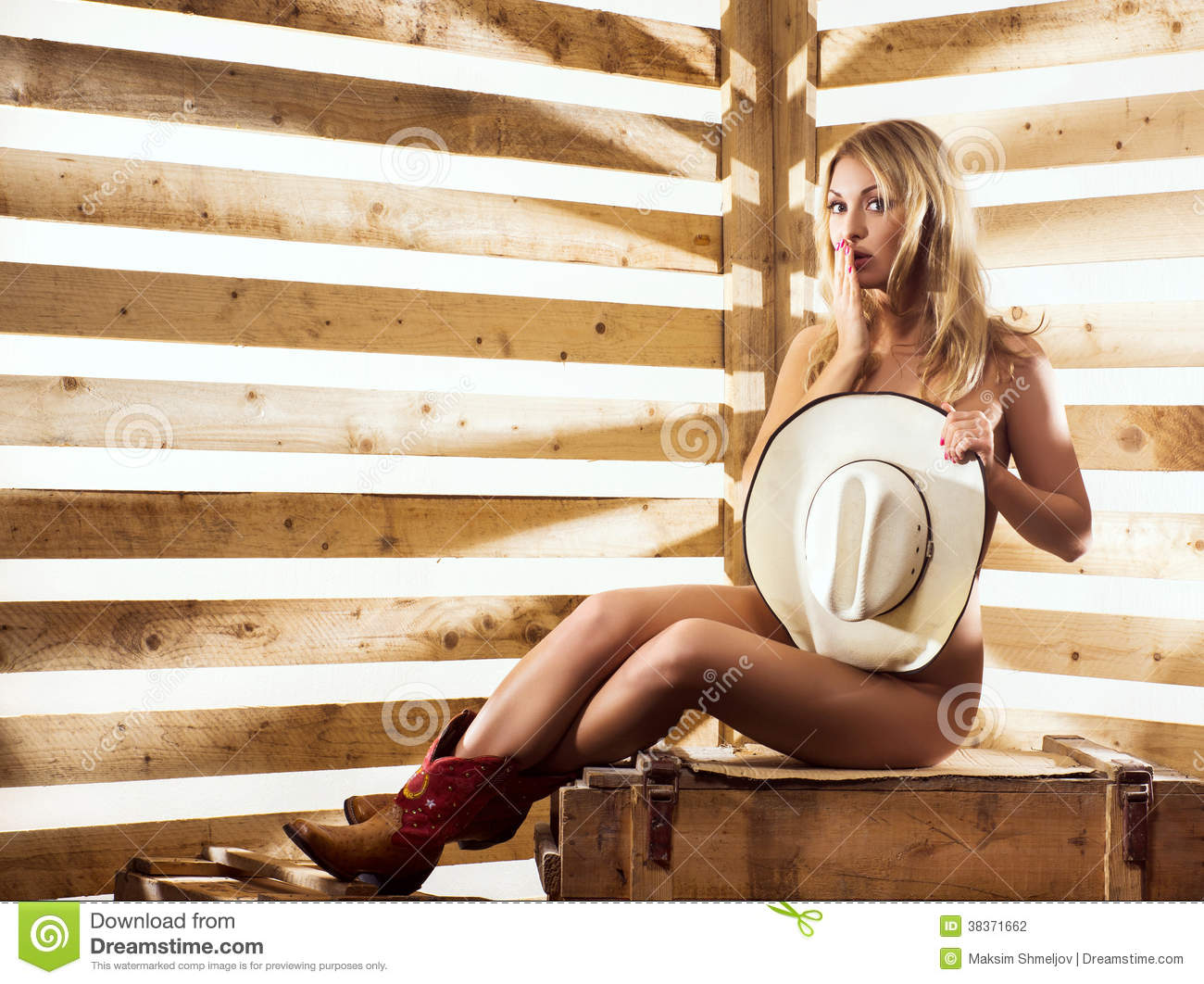 Cowgirls In A Barn Naked