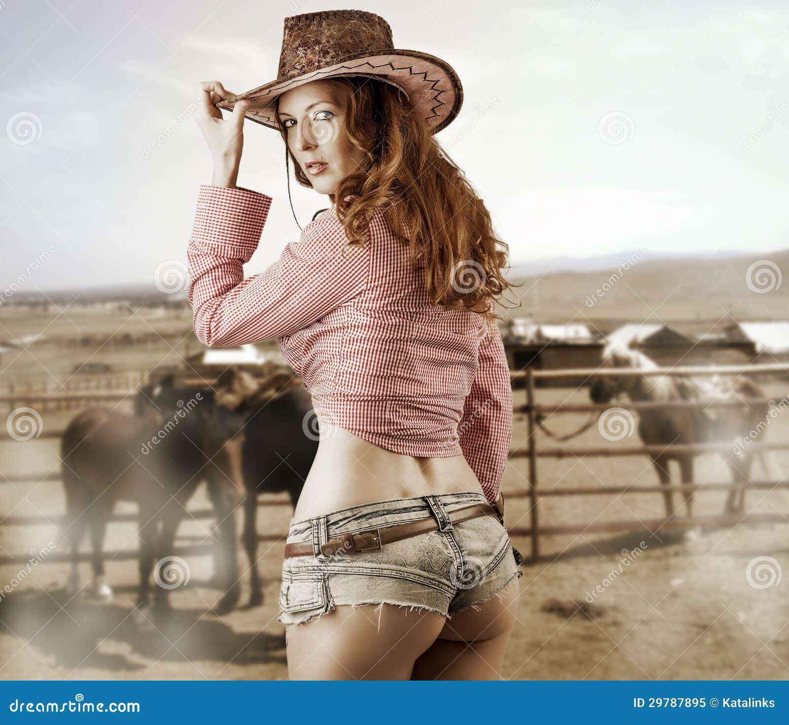 Фото девушек в ковбойской шляпе 17 фотография