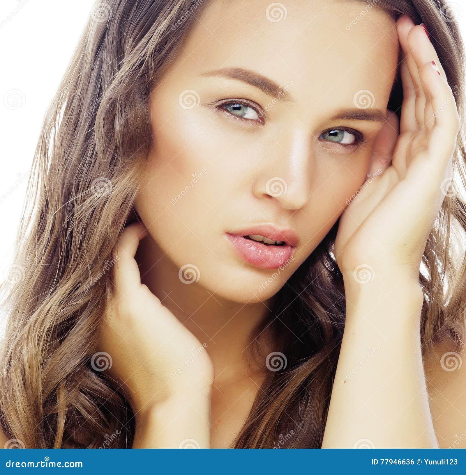 drummond brunette close - photo #4