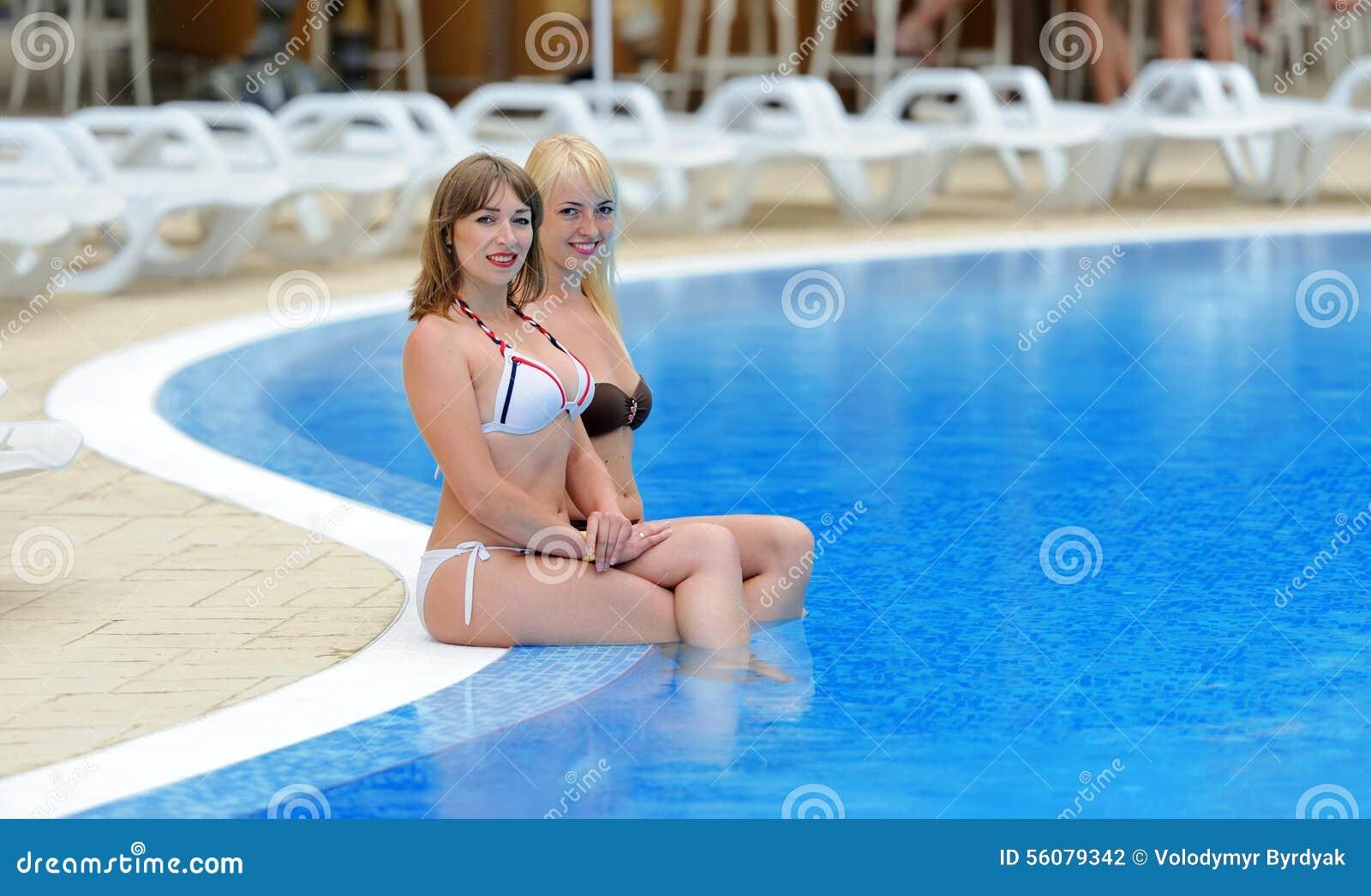 photos of nudists family holidays