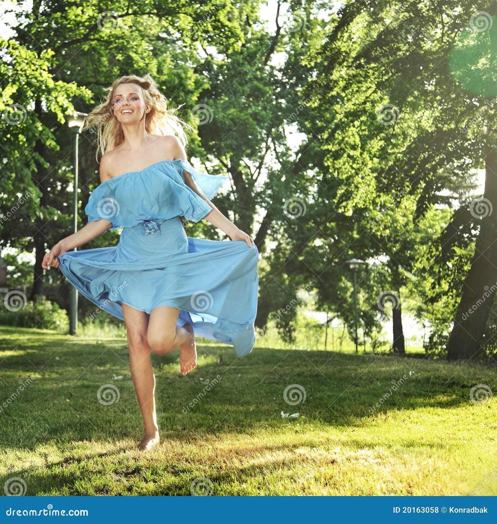Секс с прыгающей девочкой 1 фотография