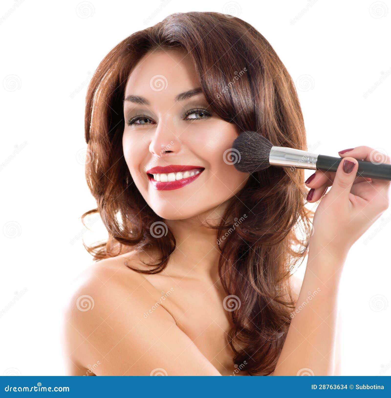 Современный макияж в стили смоки-айс