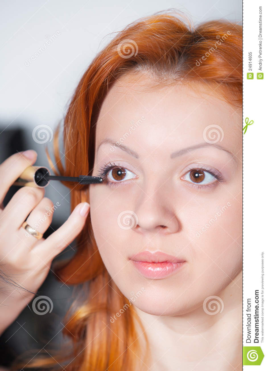 Young woman in beauty salon royalty free stock photo for Salon younga