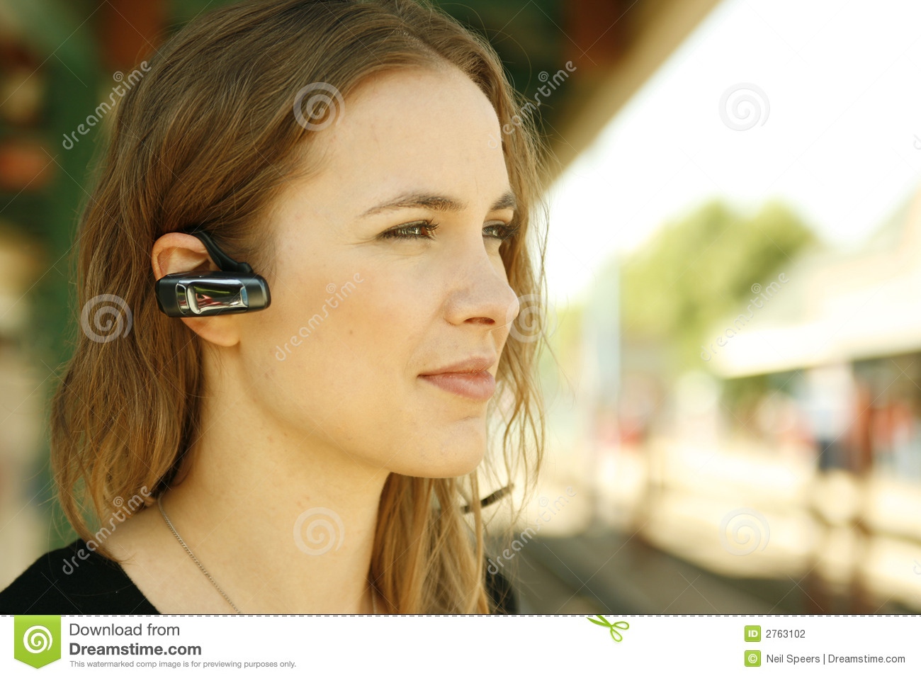 85f2134fc86 Young Woman Bluetooth Headset Stock Photo - Image of bluetooth ...