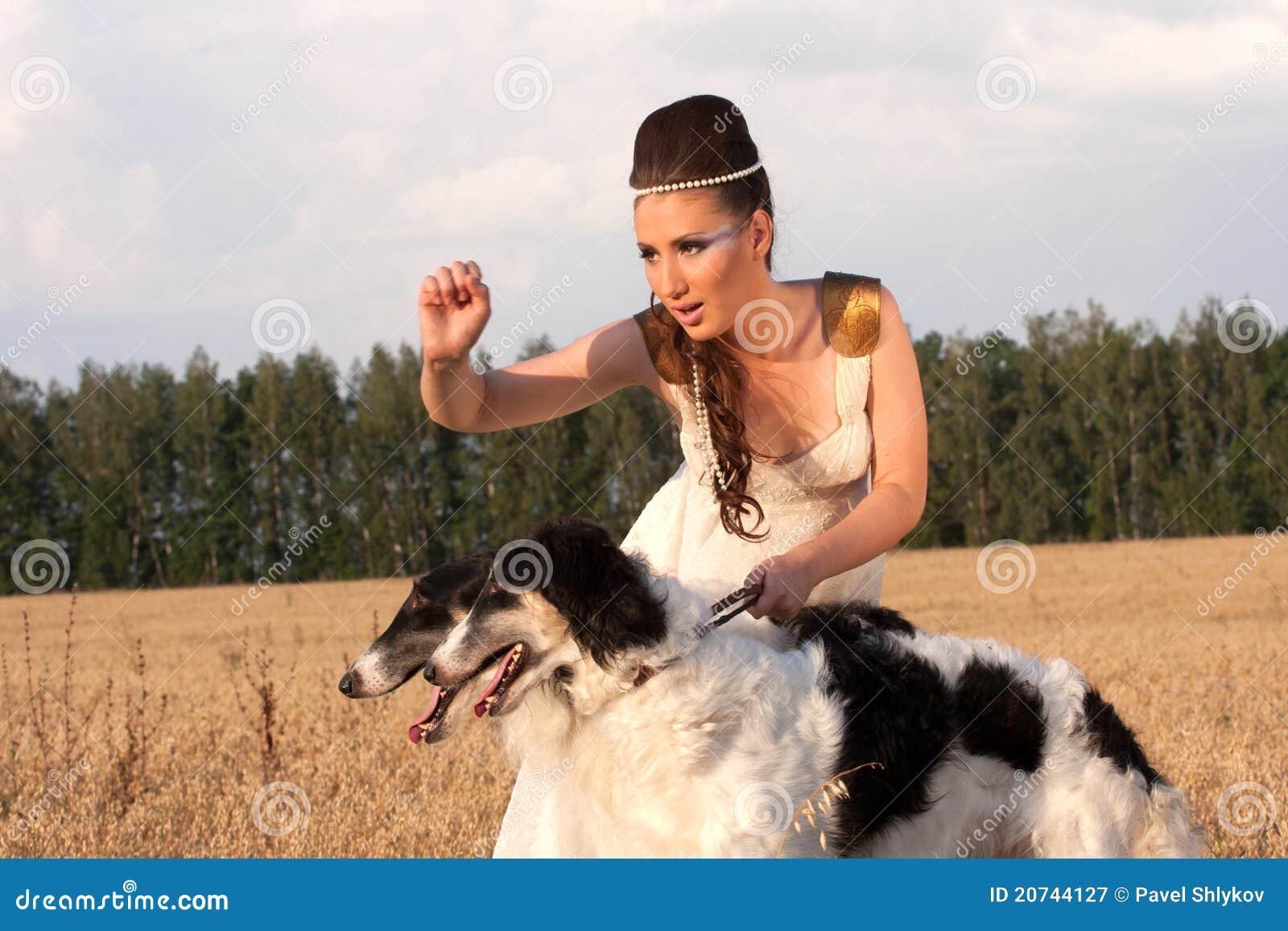 Русская девушка с догом 21 фотография