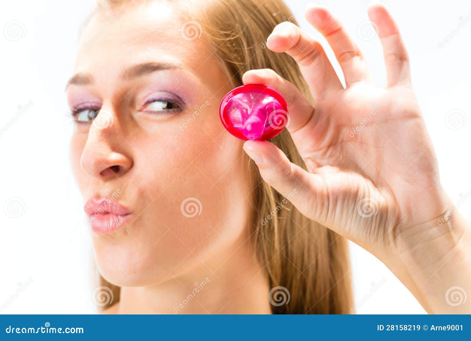 Фото презерватив в попе, Член в презервативе (25 фото) 23 фотография