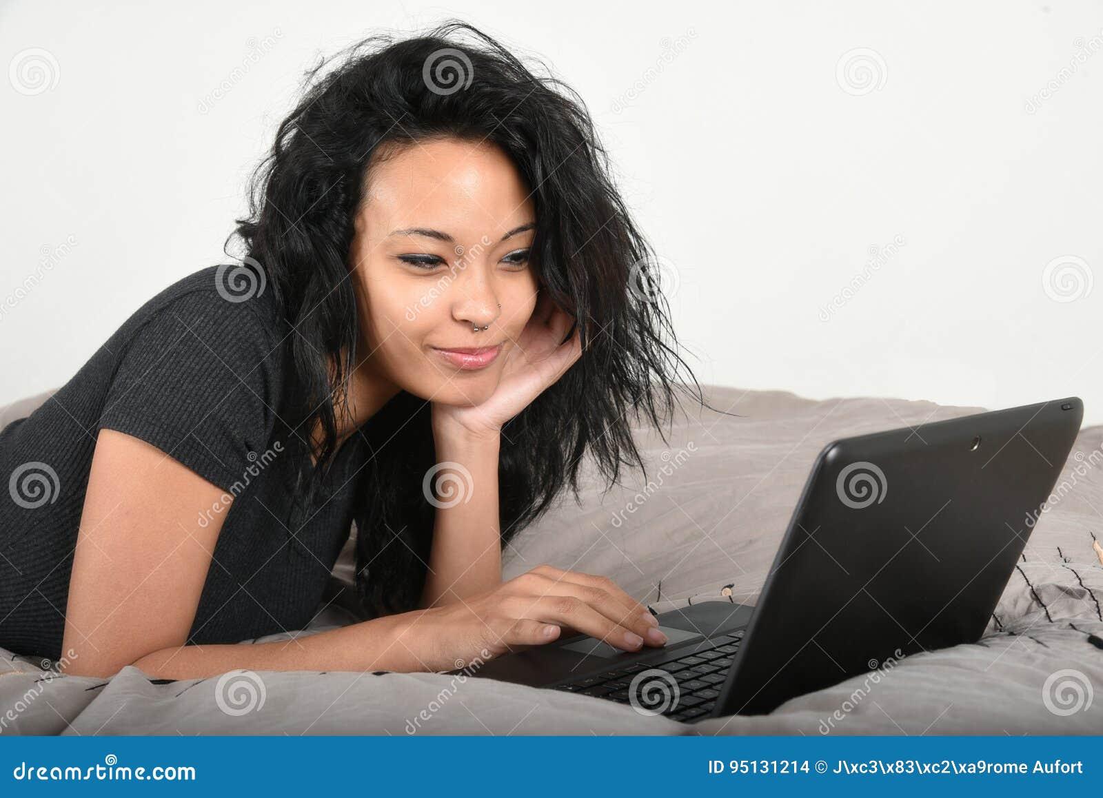 dating site.net homofil dating sites Vietnam