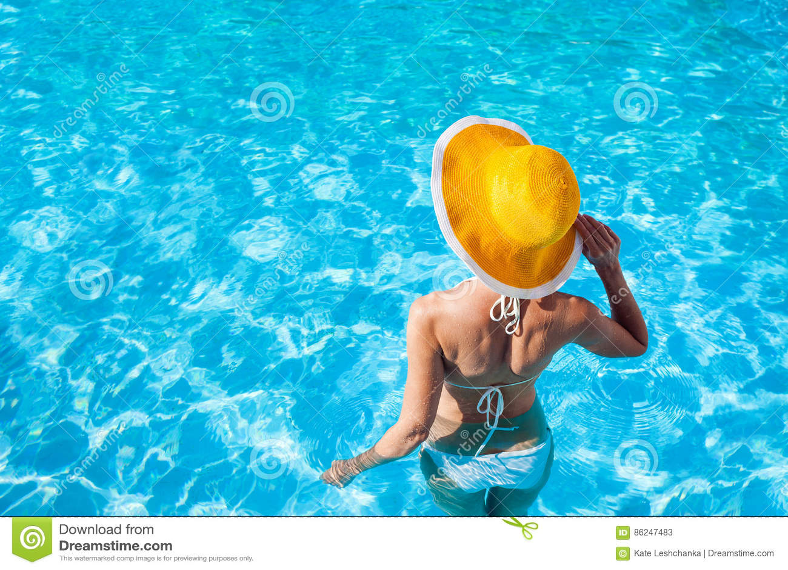 Young woman enjoying summer